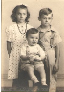 My father and his siblings, probably taken in early 1940's